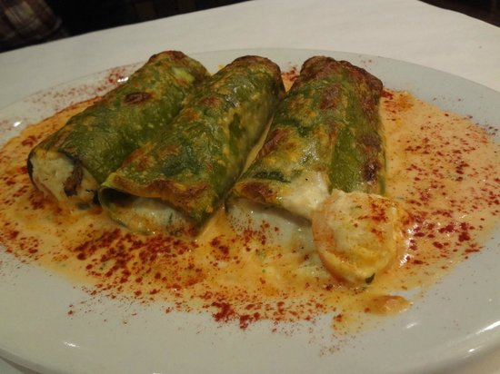 Victor, Nowy Jork: Shrimp and Crab Cannelloni