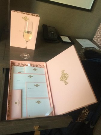 The Langham, Chicago: Stationary