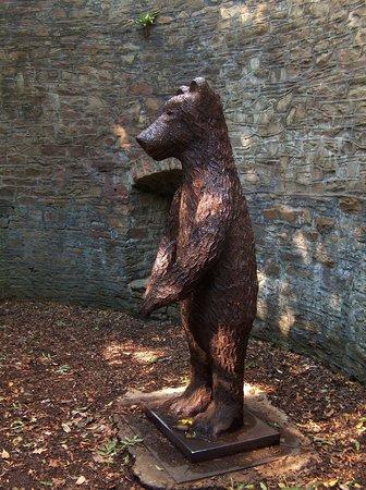 The Botanical Gardens: Botanical Gardens, Sheffield - The Bearpit