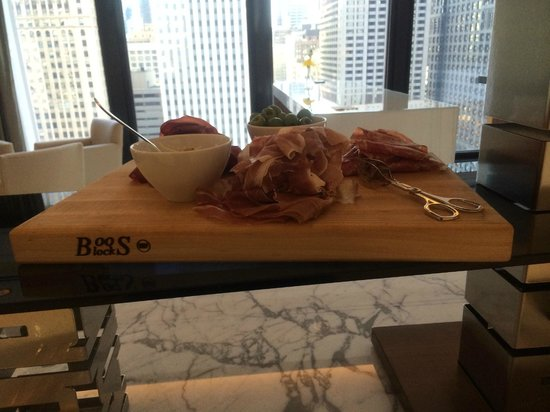 The Langham, Chicago : Proscuitto from the club lounge
