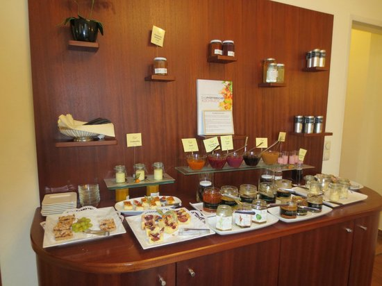 Hotel Rosenvilla: A small part of the breakfast display