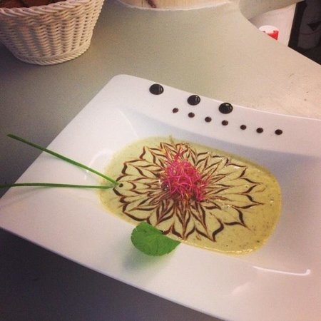 Bella Vita : Velouté courgette - basilic - citron vert