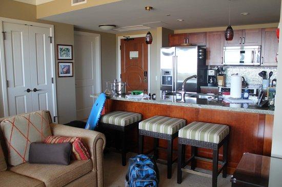 Honua Kai Resort & Spa : kitchen