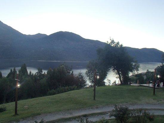 Quime Quipan: El lago desde la ventana de la habitación.