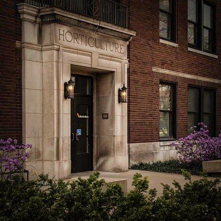 Purdue University: The Horticulture Building