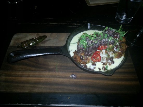 Hopscotch Tavern: Lengua and Cheek Chilli Relleno