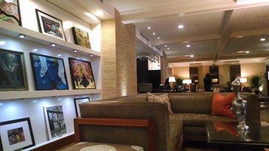 Hutton Hotel : Lobby
