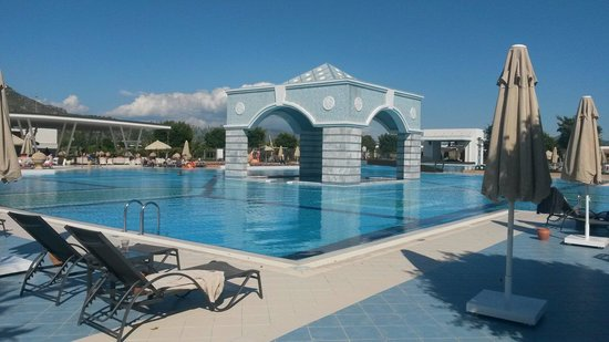 Hilton Dalaman Sarigerme Resort & Spa: Outdoor area