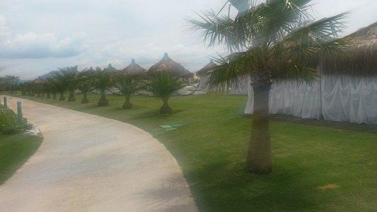 Hilton Dalaman Sarigerme Resort & Spa: Where the gazebo's are