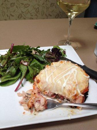 Sweet Basil's Cafe: Crab stuffed portabello mushroom with oregon Chardonnay. Nice.