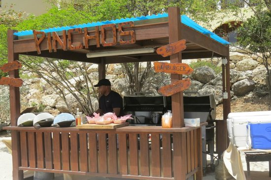 Santa Barbara Beach & Golf Resort, Curacao : Beach BBQ