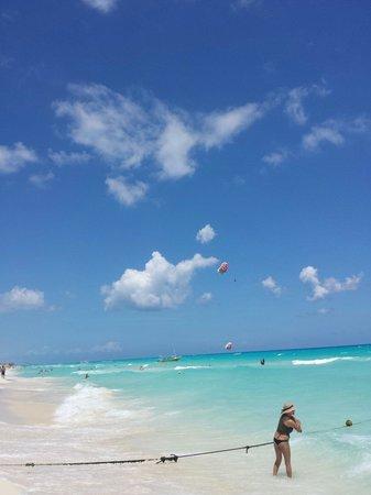 Sandos Playacar Beach Resort : Sandos beach