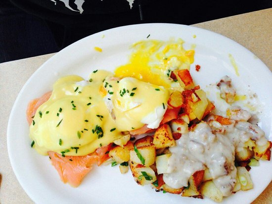 Joanie's Happy Days Diner : Salmon eggs benedict with country potatoes, add country gravy, super yummy!