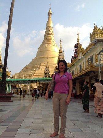 Hotel Grand United (Ahlone Branch): Shwedagon exploration