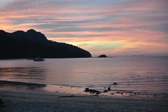 The Andaman, A Luxury Collection Resort : Dinner at Jala while we enjoy the spectacular sunset