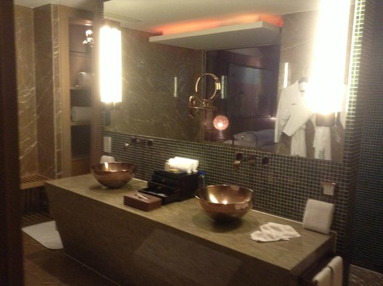 Pudi Boutique Hotel : Bathroom