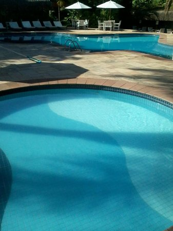 Ilha Flat Hotel: as duas piscinas