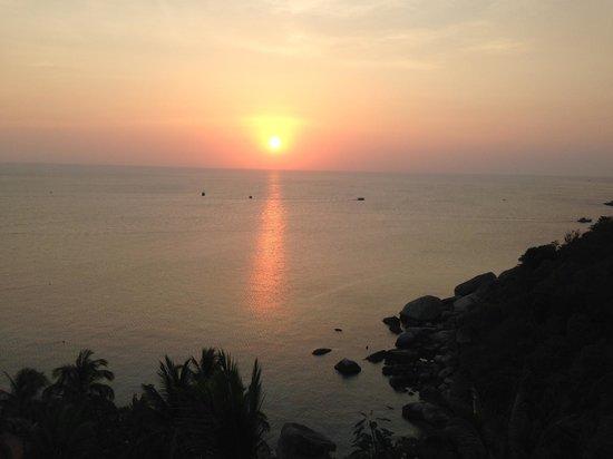 Aminjirah Resort: Gorgeous Sunset...