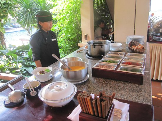 Hoi An Riverside Resort & Spa: 朝食