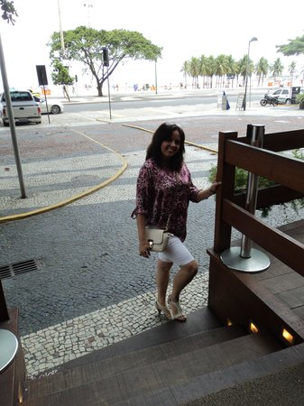 Tulip Inn Rio Copacabana: Em frente ao Hotel