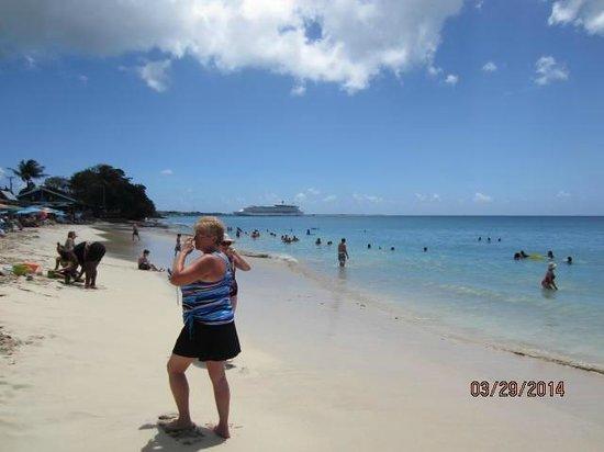 Rainbow Beach: RB1