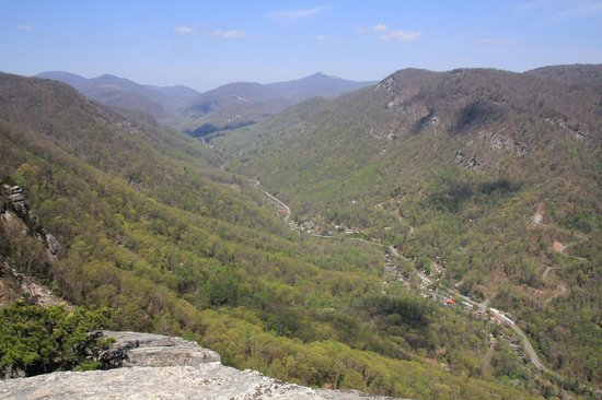 Chimney Rock State Park : The other side of the valley