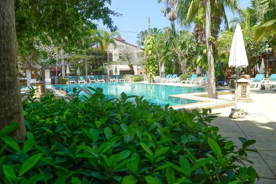 Garden Home Kata : Hotel's swimming pool