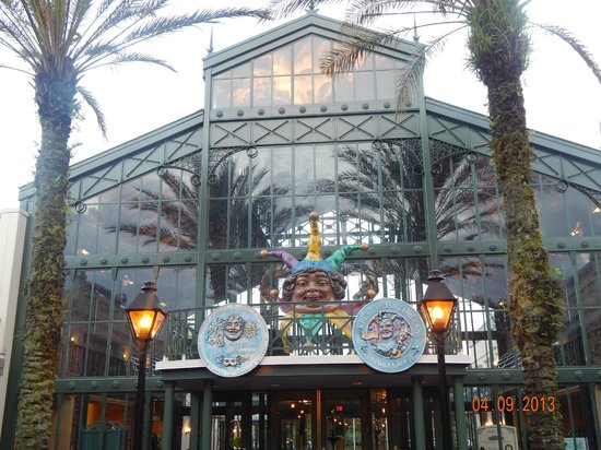 Disney's Port Orleans Resort - French Quarter : Hotel Entrance