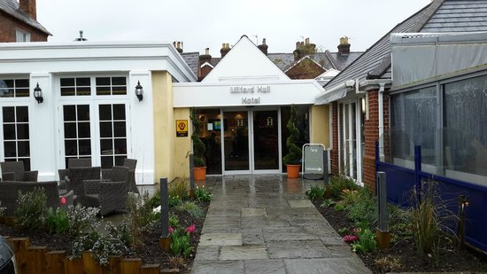 Milford Hall Hotel & Spa : Entrance