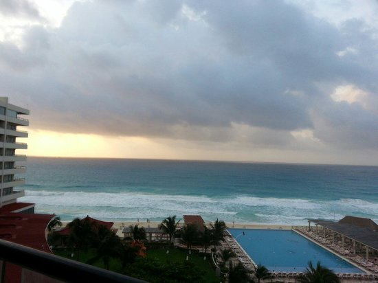 Crown Paradise Club Cancun: S