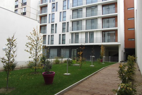 Le b timent neuf picture of ibis styles paris porte d for Hotel porte orleans paris