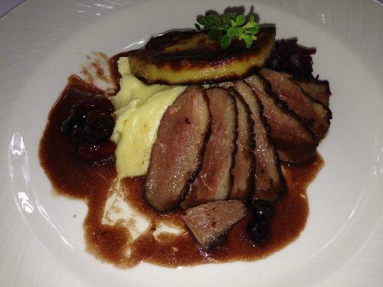 Antonio's Garden: Duck breast with foie gras & Pouilly fumé sauce