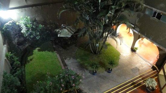Hotel San Antonio Abad: 3階の部屋からの中庭ビュー