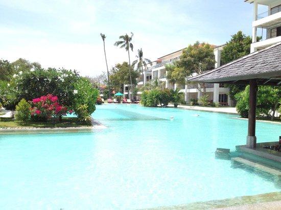 Peninsula Bay Resort: pool