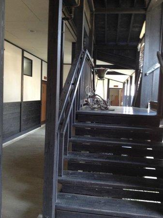 Takenokura Sanso: 別棟への廊下階段
