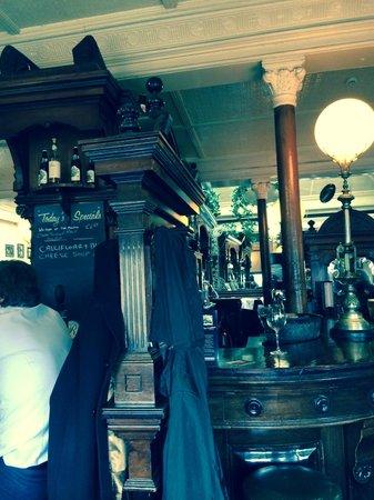 The Shelbourne Dublin, A Renaissance Hotel: Lobby Bar