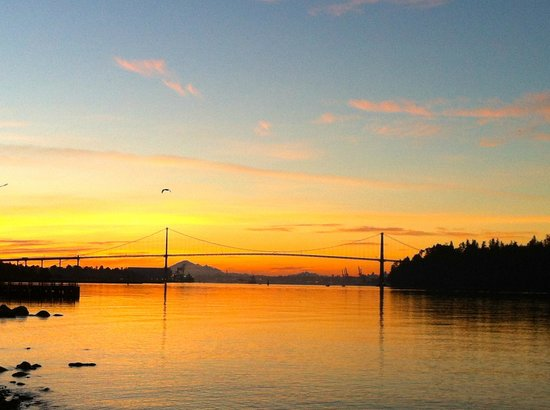 West Vancouver Seawall: Taken from Dunderave