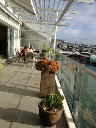 Auckland Waterfront Serviced Apartments : Balcony
