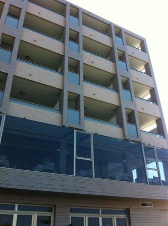 Hotel  Arenas del Mar: Prison exterior