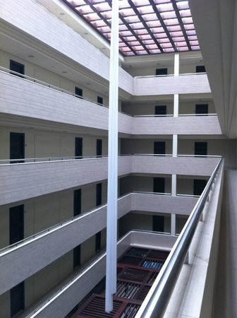 Hotel  Arenas del Mar: Prison landing area