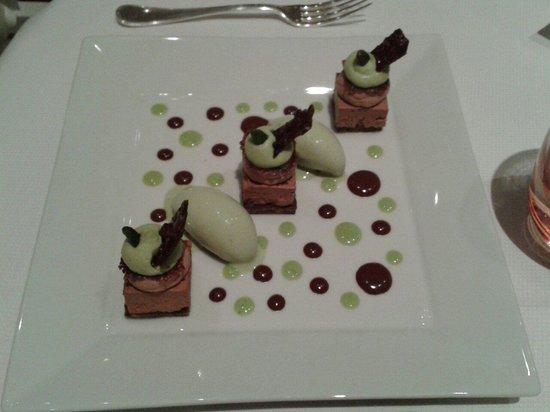 L'Auberge de la Brie : Dessert chocolat pistache