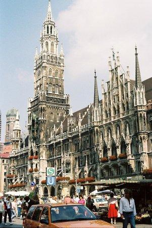 Neues Rathaus: New Town Hall (Neus Rathaus) Marienplatz Munich