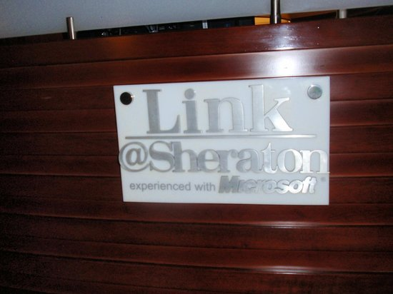 Sheraton Saigon Hotel & Towers: Business Center sign