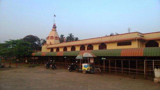 Titwala Ganesh Mandir: Temple