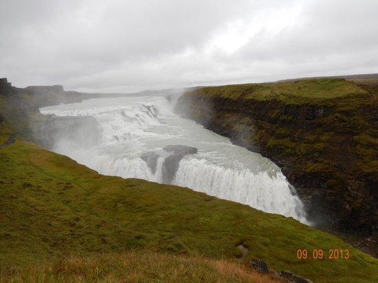 Golden Circle Route: Gulfoss, the golden waterfall