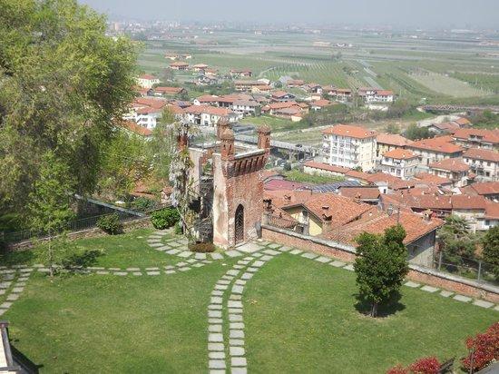 Castello Rosso : vista dal castello