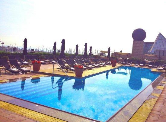 Hotel Arts Barcelona: Pool
