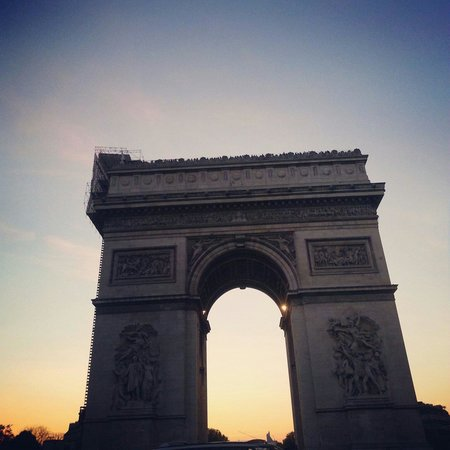 Arc de Triomphe : Sunset.