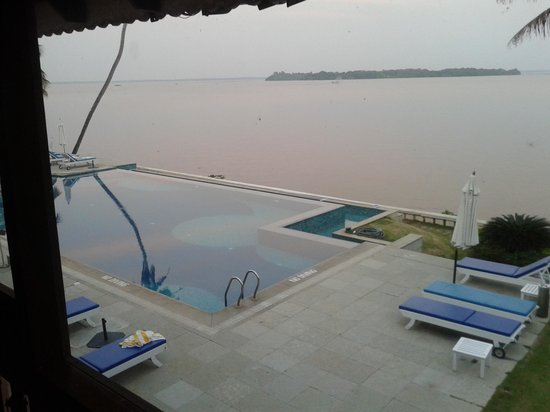 Lemon Tree Vembanad Lake Resort : view of the pool from our room.