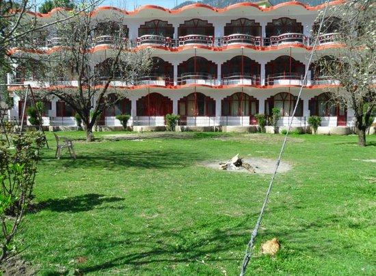 Himanshu Resort : Front View of Himanshu Resrot